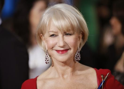 Helen Mirren reigns on Broadway as Queen Elizabeth