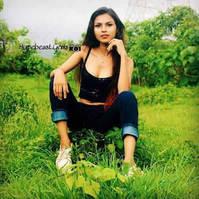 Arohi Barde web series