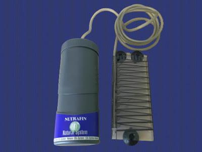 NUTRAFIN ナチュラルCO2システムの発酵コンテナとCO2ディフューザー