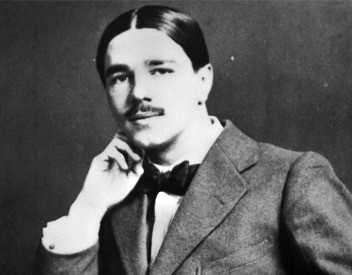 Wilfred Owen –Red lips are not so red