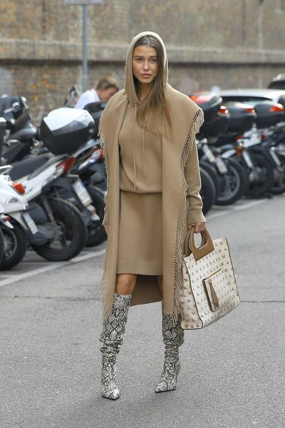 SNAKESKIN BOOT OUTFIT