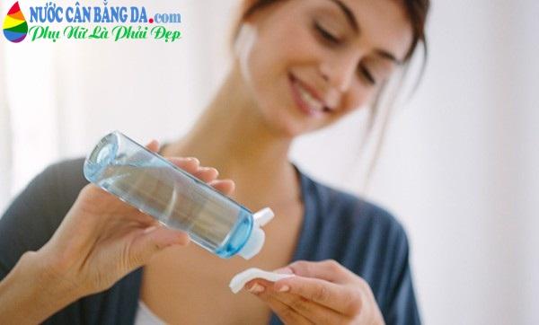 Tác dụng và tầm quan trọng của nước cân bằng da