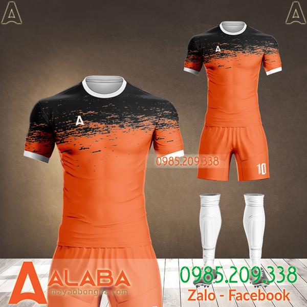 áo đá banh cam đen 2021