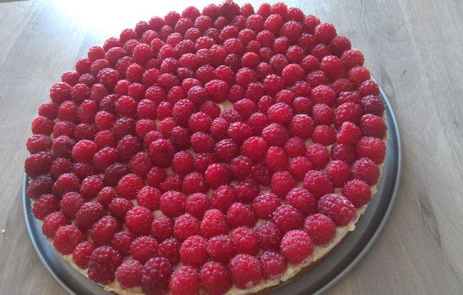 raspberry speculoos tart
