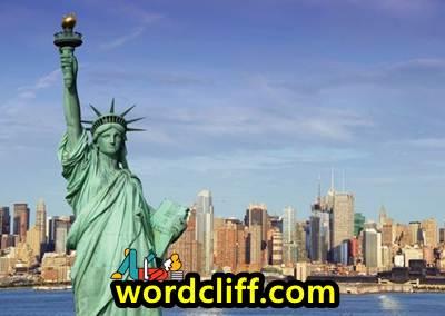 Descriptive Text Singkat Tentang Patung Liberty