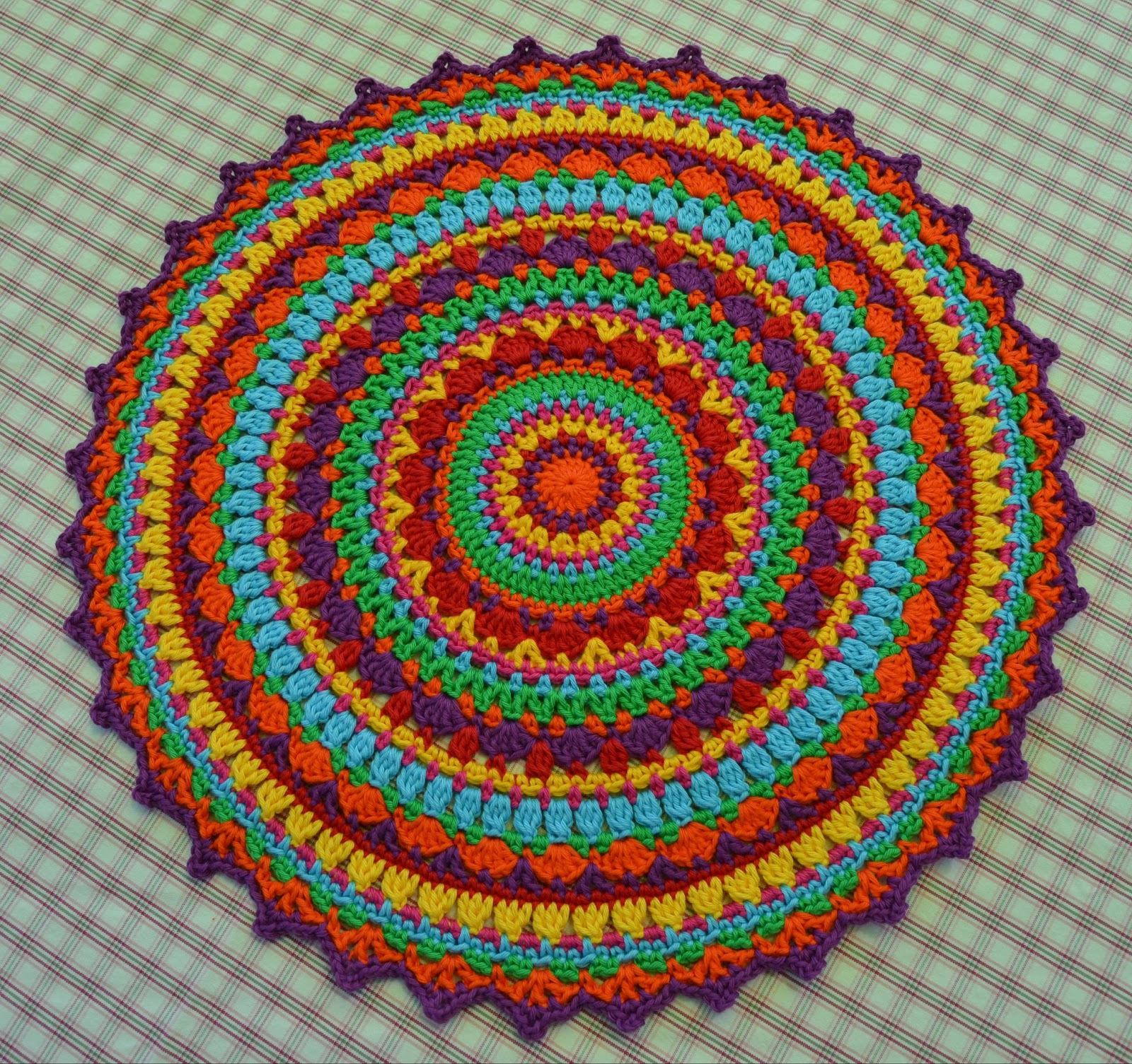 Atelier Marie-Lucienne: Lucienne\'s Summer Mandala Part IV - Teil 4