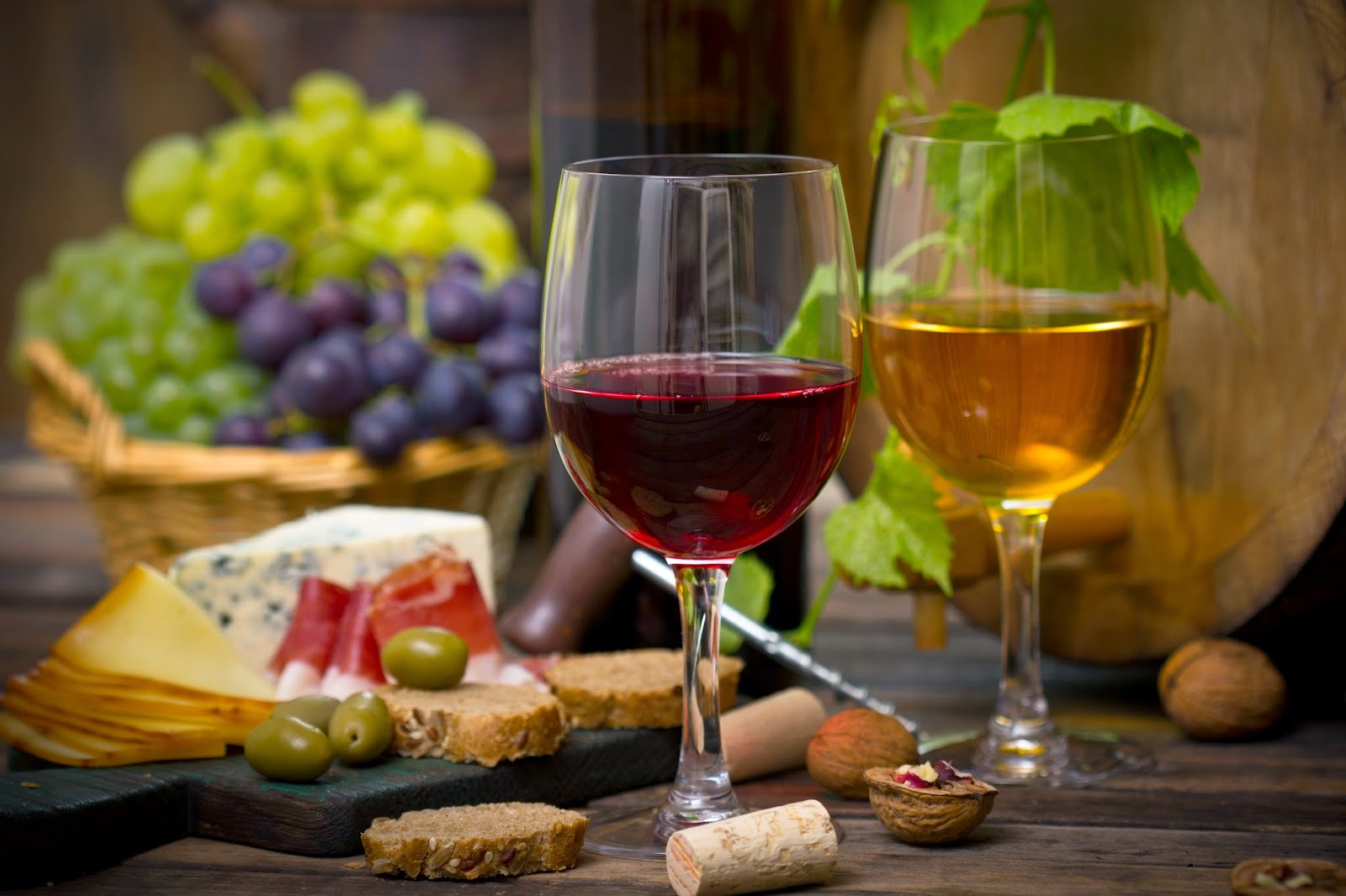 2015 Food & Wine Festivals Worth Traveling For via www.productreviewmom.com