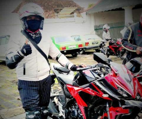 Riding_All_new_CBR_150_R