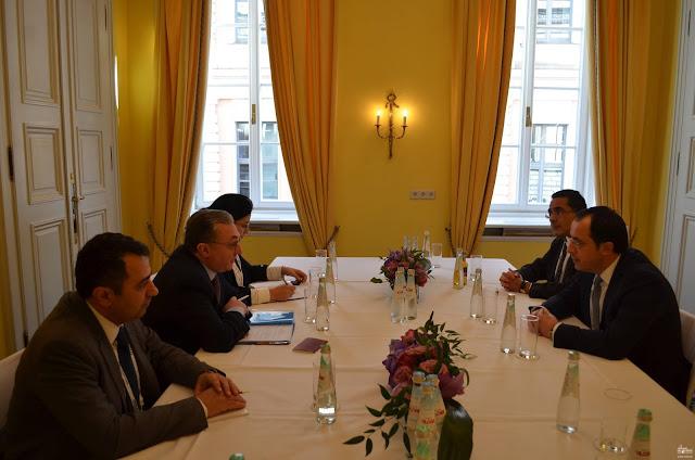 Prepararan cumbre trilateral Armenia-Grecia-Chipre