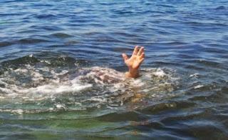 डूब रही मां को बचाने के लिए बेटे ने लगा दी गहरे तालाब में छलांग, पानी में डूबने से दोनों की मौत