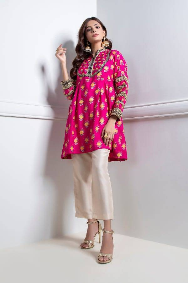 Feel the Moment of Dressing Up | Khaadi Eid-ul-Fitr 2020 ready to wear khaas Collection