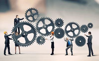 Ingin memberikan pengetahuan yang dimiliki untuk perkembangan perusahaan
