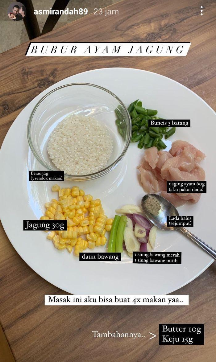 Unggahan Asmirandah saat memasak bubur ayam jagung untuk MPASI. Instagram/@asmirandah89