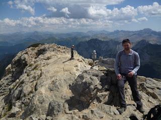 Cumbre de la Mesa de los tres reyes (2.444 m)