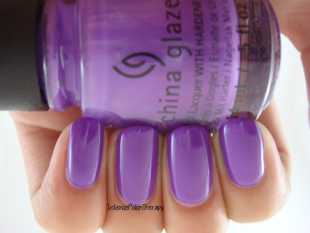 China Glaze - Plur-ple