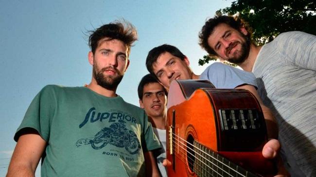 Letra de No estoy tan lejos - Los del Portezuelo - Canciones de amor