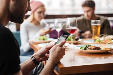 """Glovo se suma a """"Unidos en la Mesa"""" para contribuir a la reactivación del sector gastronómico en el país"""