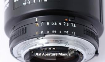 Angka Aperture (Bukaan diafragma lensa) yang terdapat pada kensa kamera DSLR. Aperture disimbolkan dengan huruf F, misalnya F/4, F/8, F/11