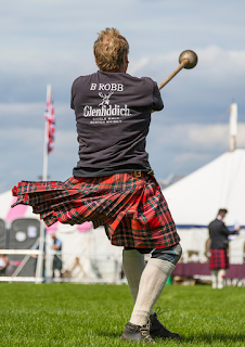 Scottish Independent Hostels - Highland Games Hammer Throw