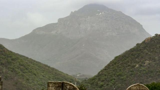 गिरनार पर्वत - Girnar hills