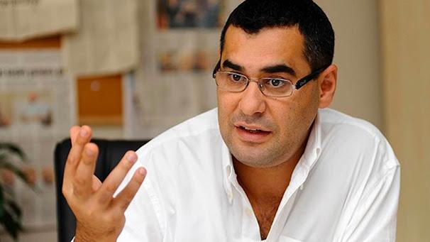 Gazeteci Enver Aysever kimdir? kaç yaşında? aslen nerelidir? eşi kim? biyografisi ve hayatı hakkında kısa bilgiler.
