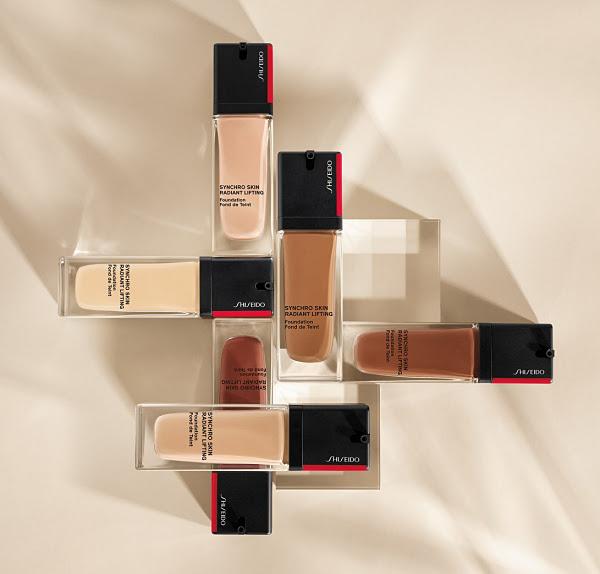 synchro-skin-radiant-lifting-foundation
