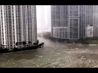به ڤیدۆ كۆتایی ئهمریكا -شاهد لقطات من غرق فلوريدا بالفيضانات بسبب إعصار إيرما المدمر-Hurricane Irma