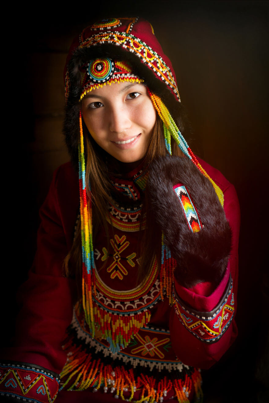 He Traveled 25000 Km In Siberia To Capture The Beauty Of Its Indigenous People With His Camera. The Pictures Are Breathtaking! - Dolgan Girl