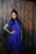 Rashi khanna new dazzling photos-thumbnail-13