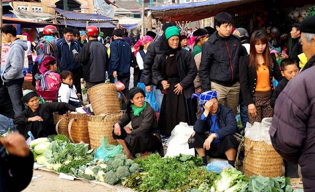 Meo Vac market - Ha Giang 1
