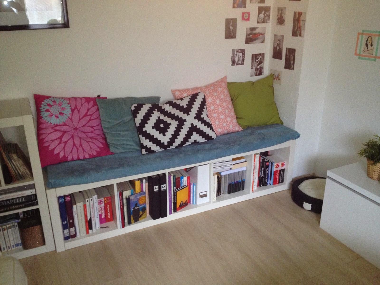 le vide id es des malignes diy d co la banquette biblioth que. Black Bedroom Furniture Sets. Home Design Ideas