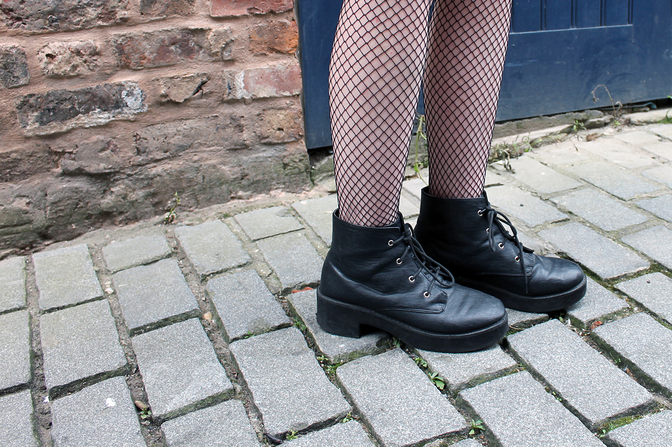 black fishnet tights, black asos boots