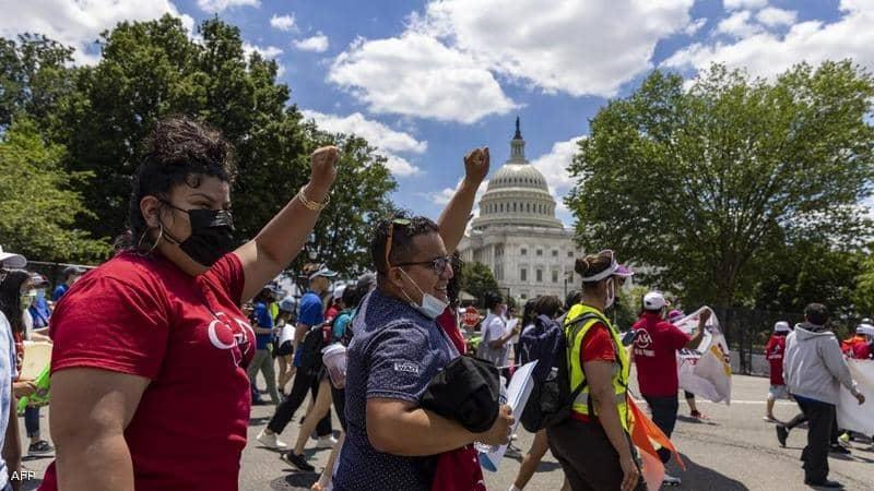 أميركيون يحتجون بعد تعديل ولايات جمهورية قانون الانتخاب