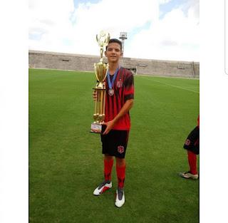 Campeão Paraibano pelo Confiança de Sapé assina contrato com o Flamengo