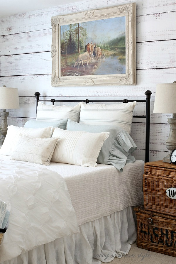Savvy southern style the softer shades of summer guest for Southern style bedroom