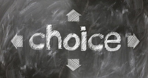 palavra-choice-com-setas-em-todas-as-direcoes