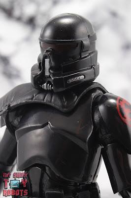 Star Wars Black Series Gaming Greats Electrostaff Purge Trooper 01