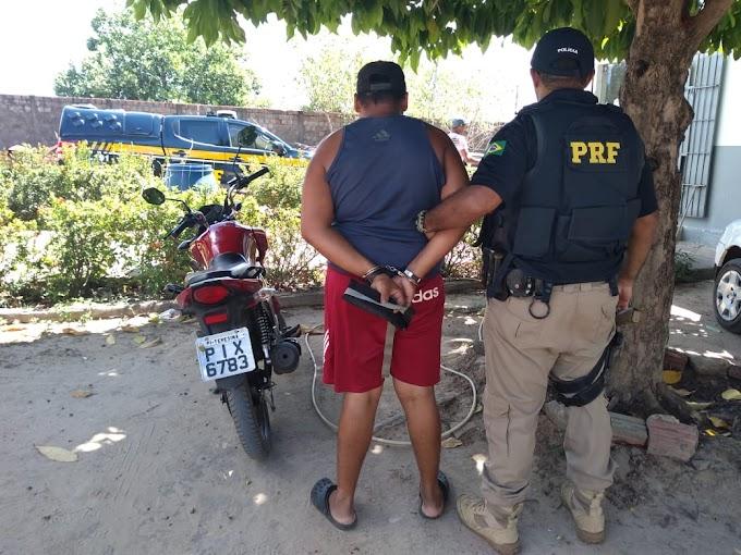 CAXIAS - PRF recupera mais uma moto e prende condutor no povoado Brejinho