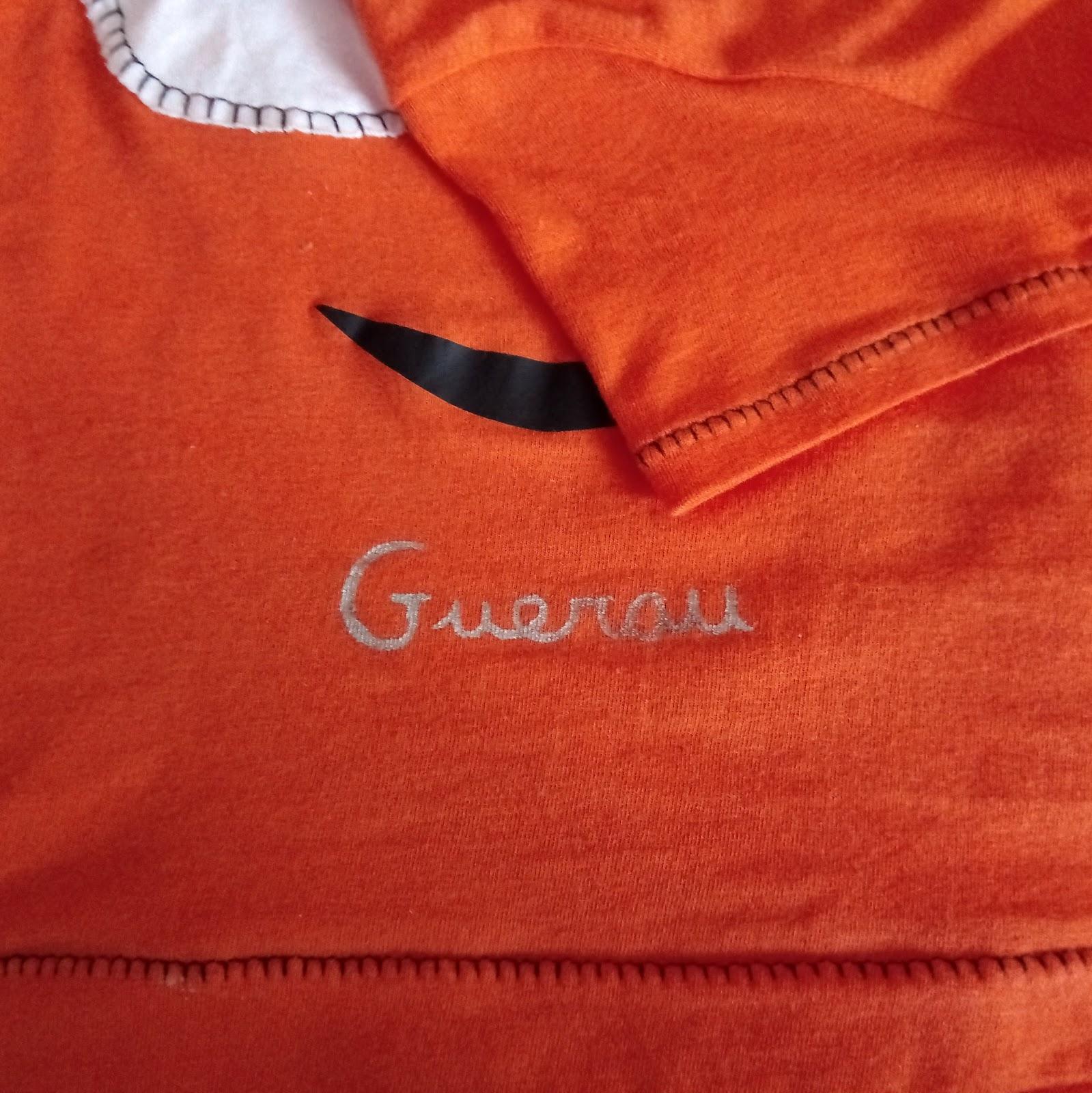 detalle camiseta mic handmade personalizada