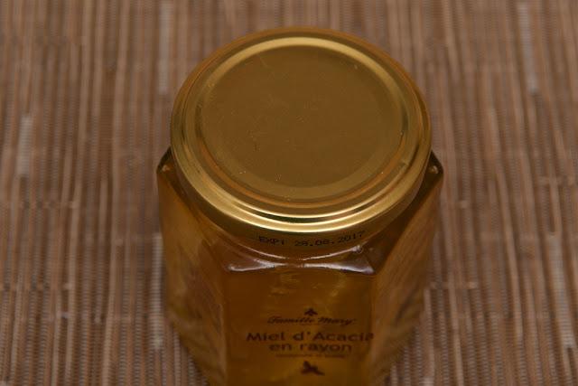 Miel Famille Mary - Acacia en rayon - Honey - Miel d'acacia - Hongrie