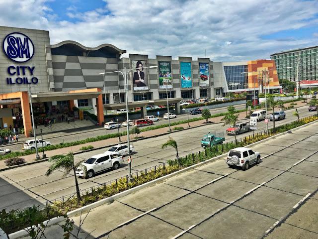 SM City Iloilo is situated alongside Plazuela de Iloilo in Benigno Aquino Avenue, Mandurriao