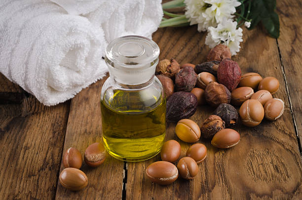 10 Benefits and Simple Uses of Argan Oil