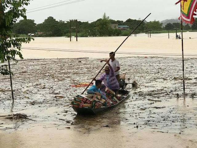 Toàn cảnh lũ lụt tại Ninh Bình và hoạt động cứu trợ tại Thanh Hoá - Ảnh minh hoạ 16