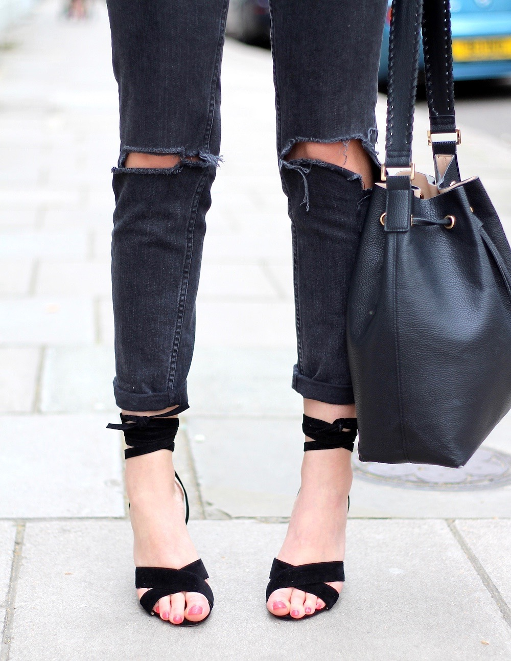 mom jeans lace up heels peexo blogger