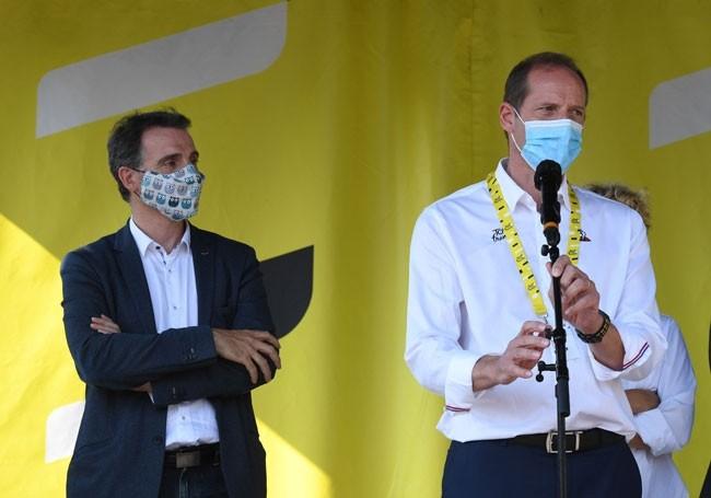 VIDEO : La leçon du patron du Tour de France devant le maire écolo de Grenoble