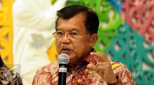 Demonstran: Pak JK Tolong Katakan pada Saya Islam Moderat Seperti Apa yang Ada di Indonesia Saat Ini?