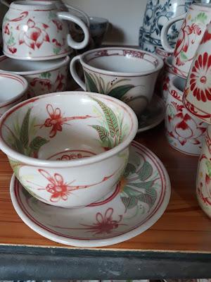 バッチャン焼き陶器市場