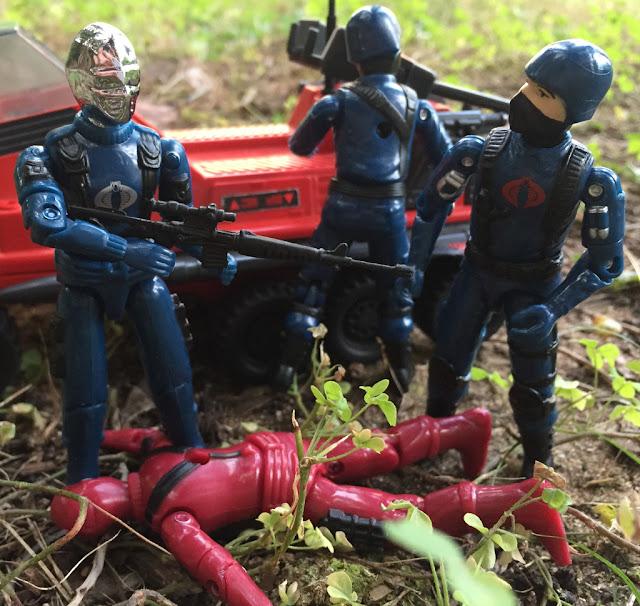 2010 Black Major Cobra Mortal, Cobra Invasor, Red Shadows, Palitoy, Shadowtrack, Cobra Trooper