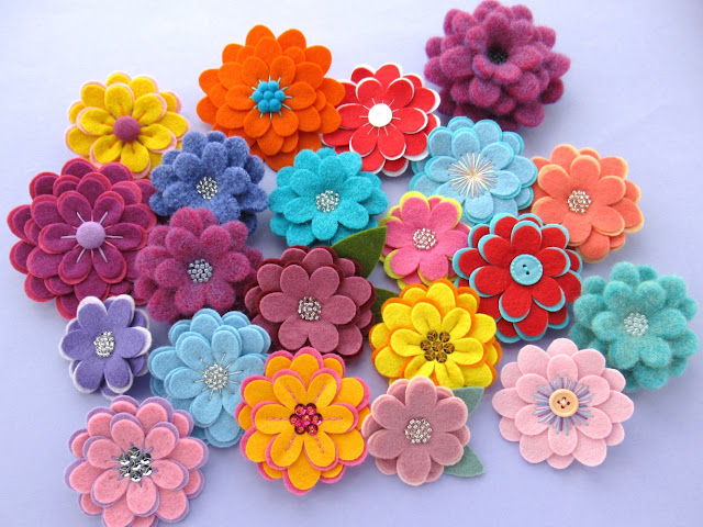 https://www.etsy.com/uk/listing/803619018/flexible-flowers-pdf-pattern-easy-felt