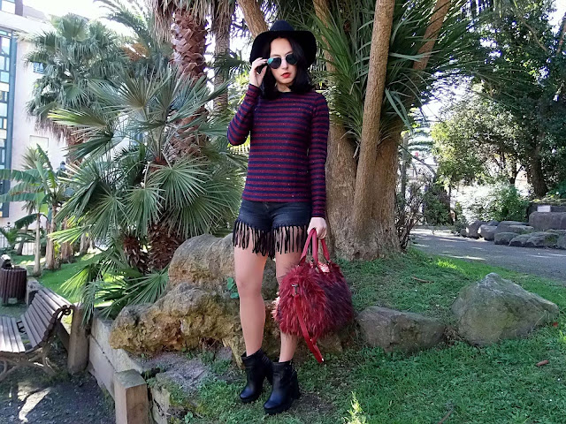 fashion, moda, look, outfit, blog, blogger, walking, penny, lane, streetstyle, style, estilo, trendy, rock, boho, chic, cool, casual, ropa, cloth, garment, inspiration, fashionblogger, art, photo, photograph, Avilés, asturias, shorts, furry, poetry